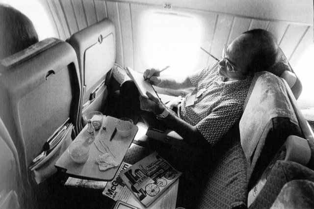 Hunter-s-Thompson_California_1972_by_Annie-Leibovitz
